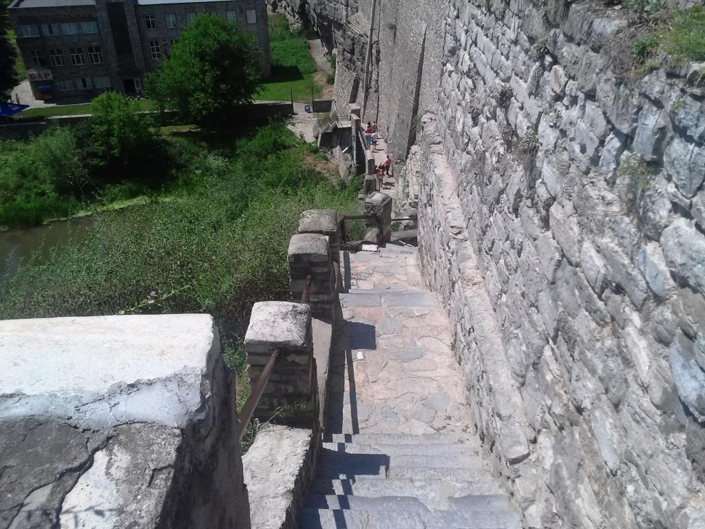 Сходи від фортеці до р. Смотрич